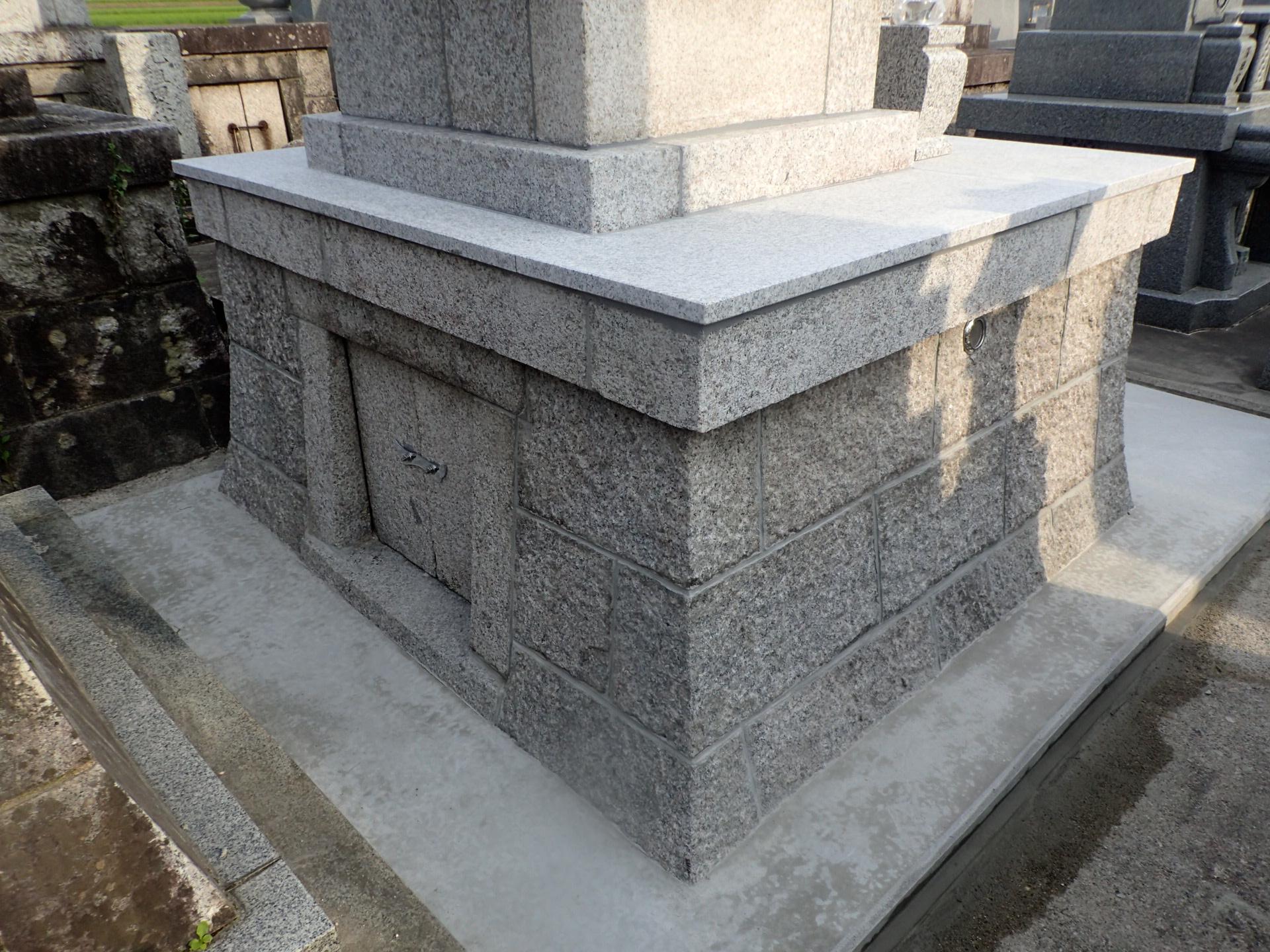 墓修復後 後ろ側